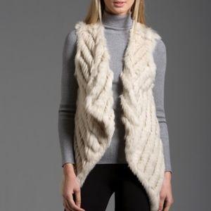 *NWT* Metric Knits   100% Rabbit Fur Cream Vest
